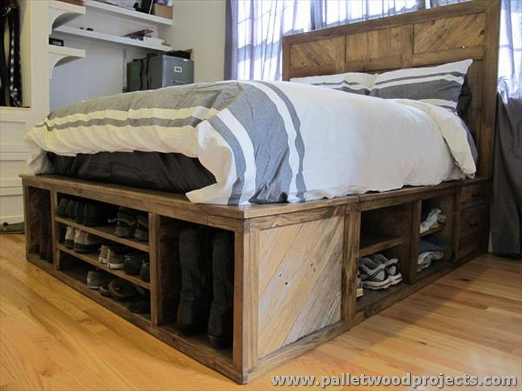 Pallet Bed with Drawers and Headboard