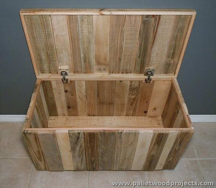 Pallet Chest and Storage Box