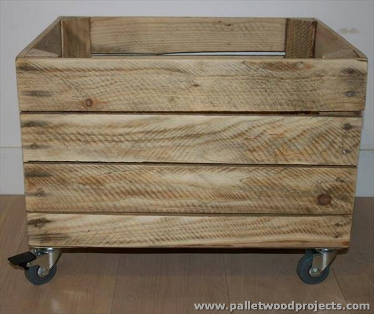 Pallet Crate Storage Box With Wheels Wood Projects