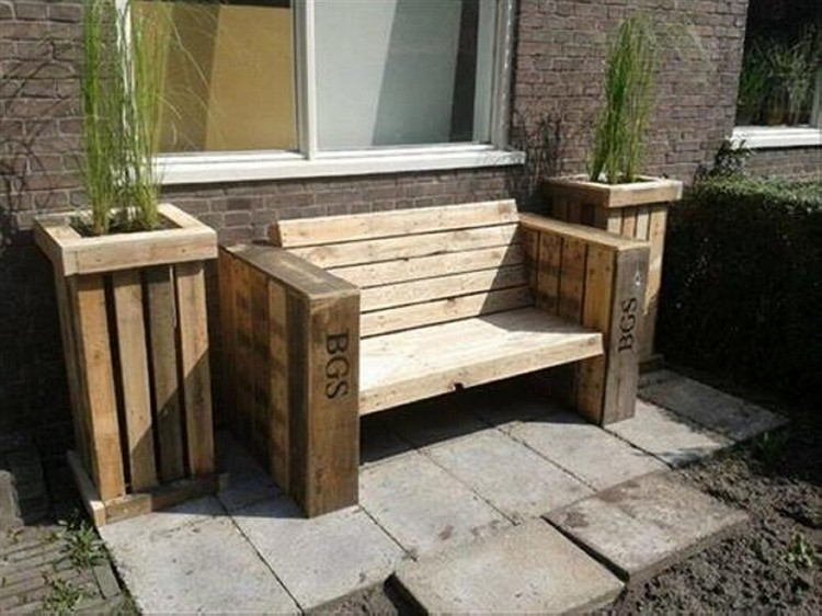 wood pallet garden bench ideas pallet wood projects - Garden Ideas With Pallets