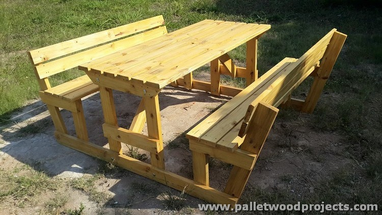 Pallet Picnic Table with Benches