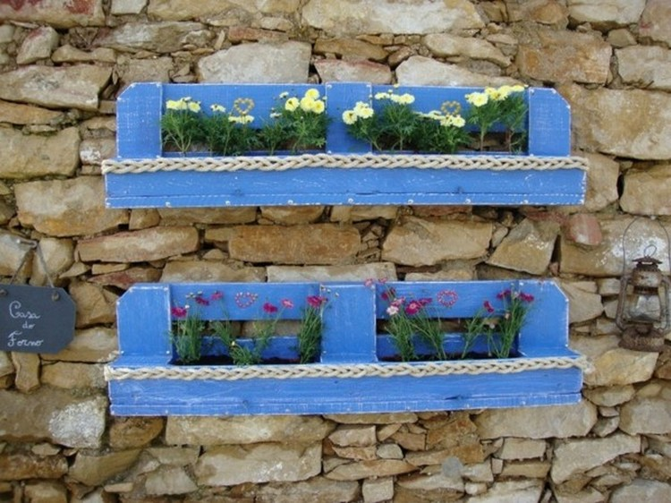 Pallet Planters Wall Decor