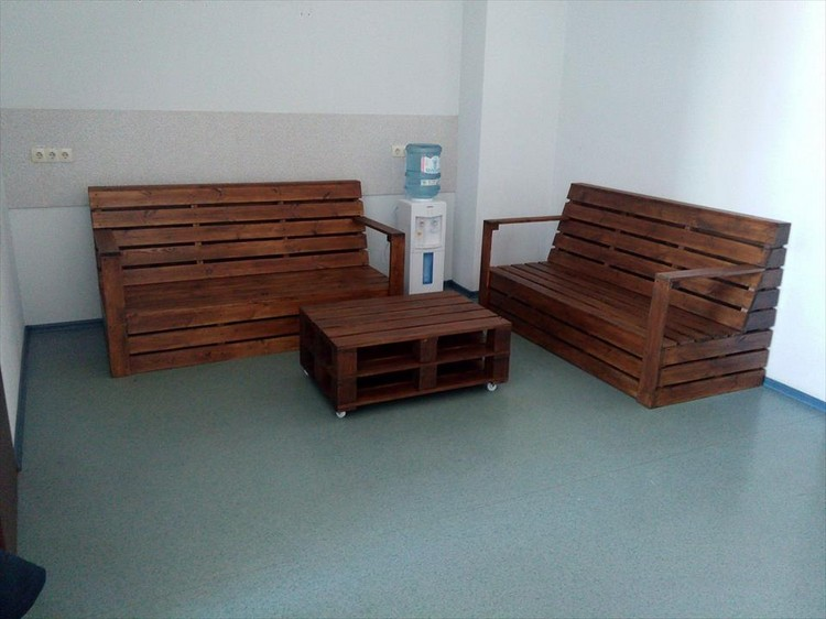 Pallet Seating Furniture Set