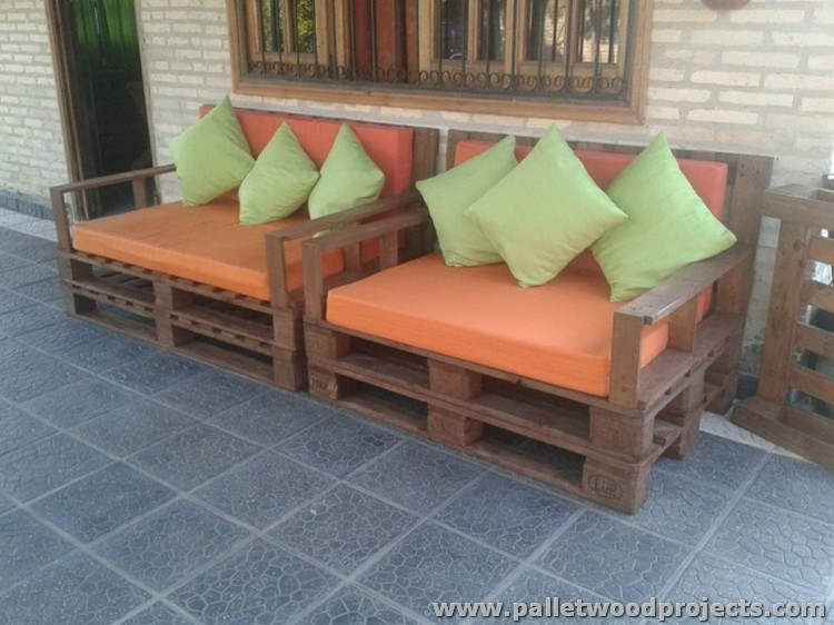 Pallet Sofa for Lounge