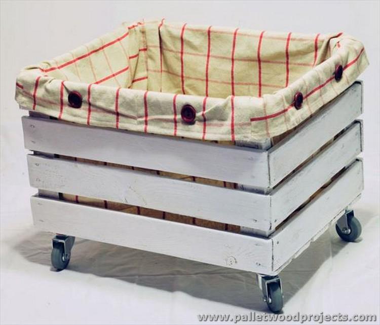 Pallet Storage Box with Wheels