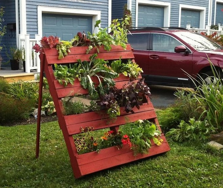 17 Best Ideas About Gardening On Pinterest: Wooden Pallet Decorating Ideas