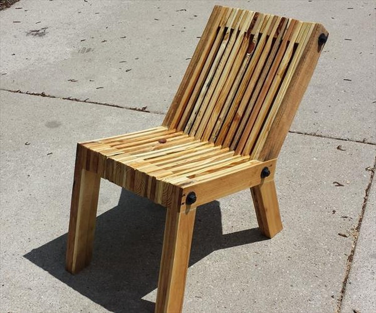 Pallet Chair: Comfy Recycled Pallet Chairs