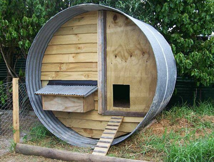 Chicken coops made out of pallets pallet wood projects for Pollaio fai da te con pallet