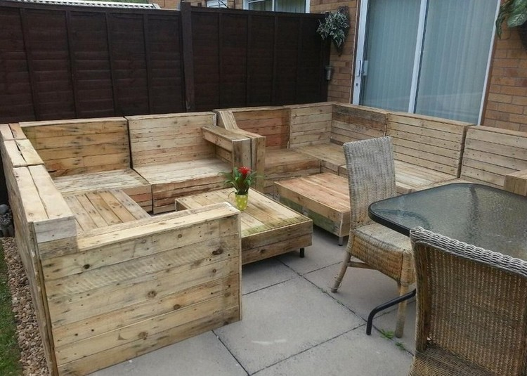 Pallet patio furniture ideas pallet wood projects for Pallet furniture designs