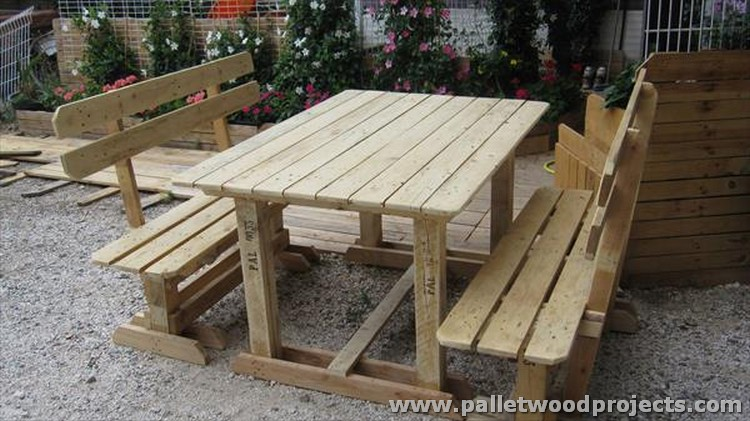 Pallet Wood Picnic Table with Benches