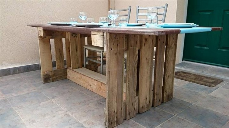 Recycled Pallet Dining Tables Pallet Wood Projects : Recycled Pallet Dining Table from www.palletwoodprojects.com size 750 x 422 jpeg 76kB