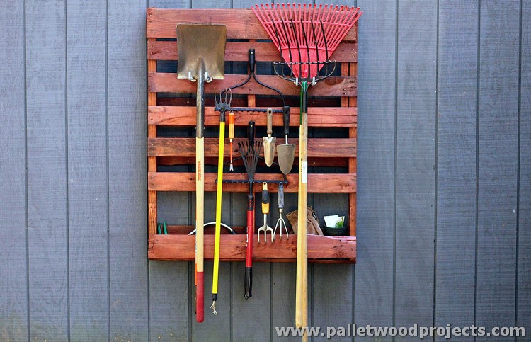 Recycled Pallet Tool Rack