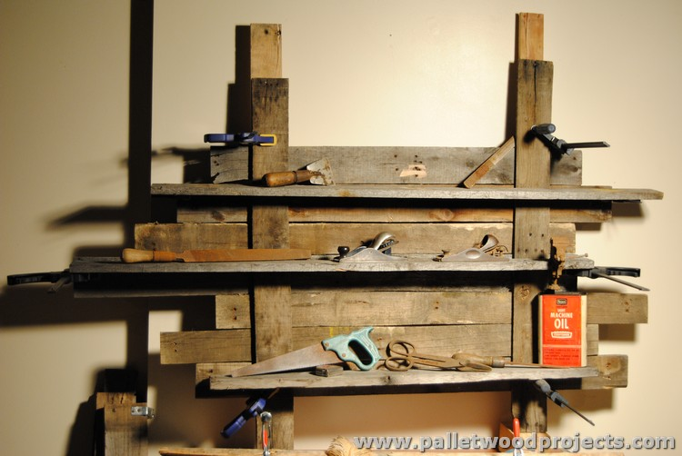 Shelves Made With Wood Pallets Pallet Projects
