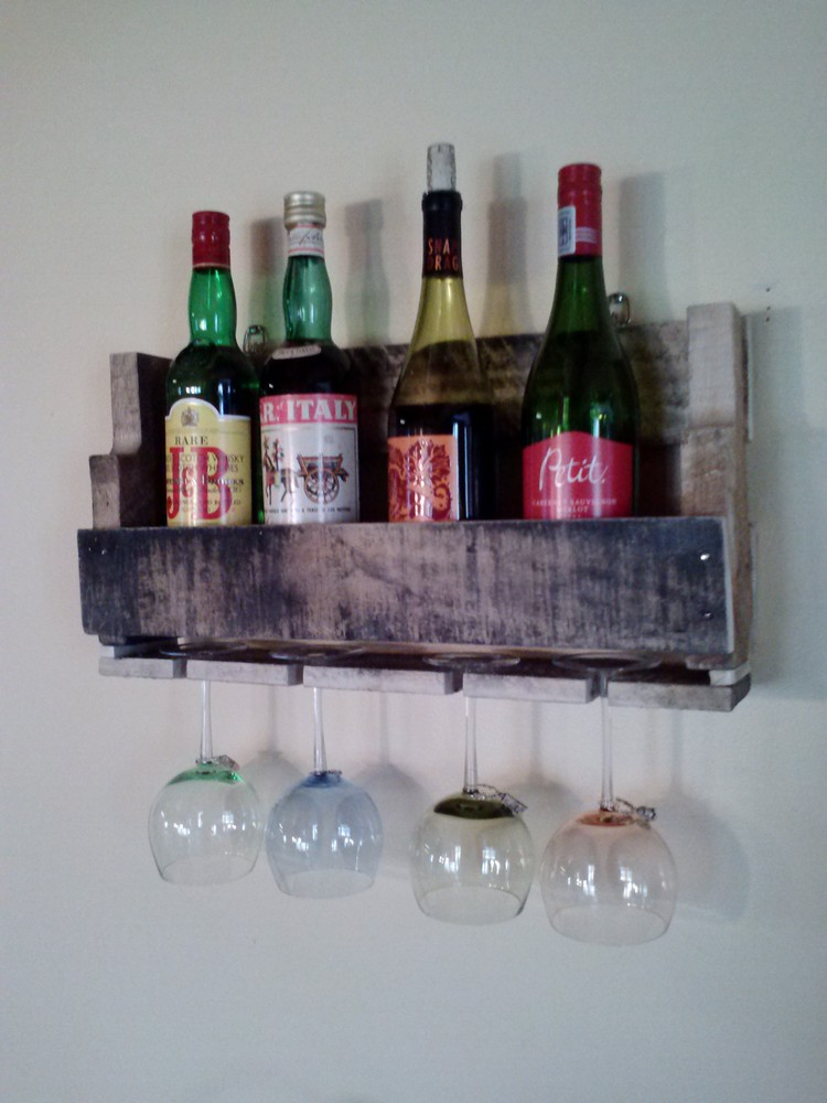 Upcycled Wooden Pallet Wine Rack