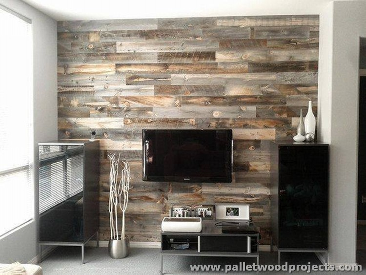 Wall Made Out of Pallets