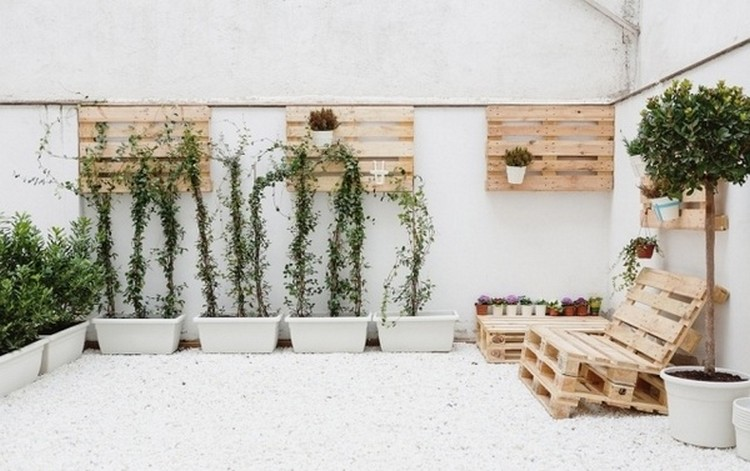 Wooden Pallet Decor Plans