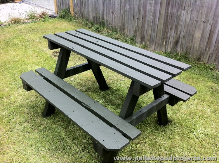 Wooden Pallet Picnic Table with Bench