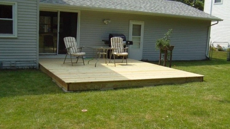 Yard Deck With Pallets ...