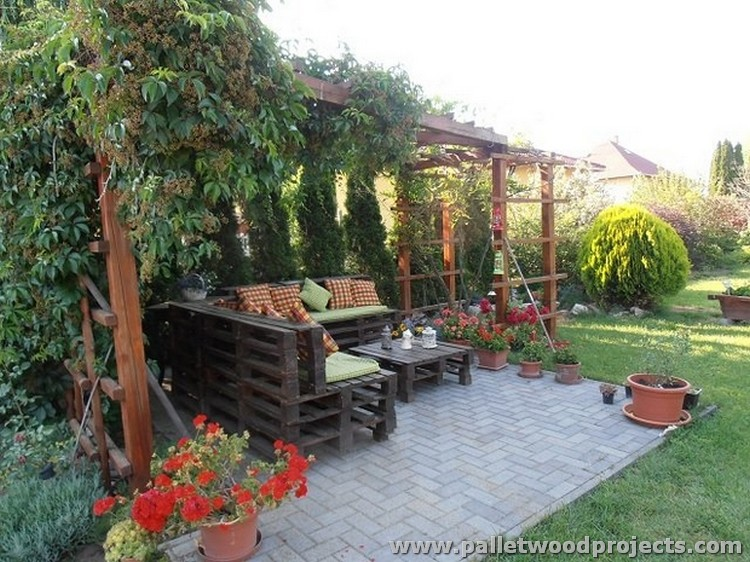 Garden Lawn Pallet Furniture