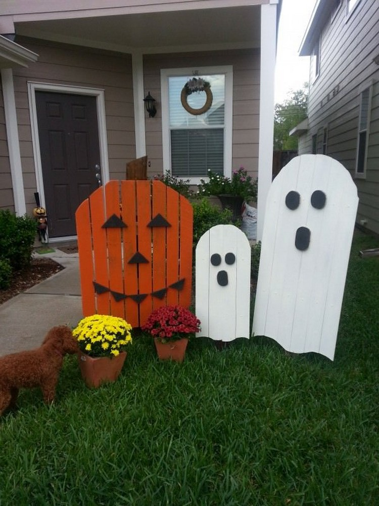 pallet halloween yard decoration ideas pallet wood projects. Black Bedroom Furniture Sets. Home Design Ideas