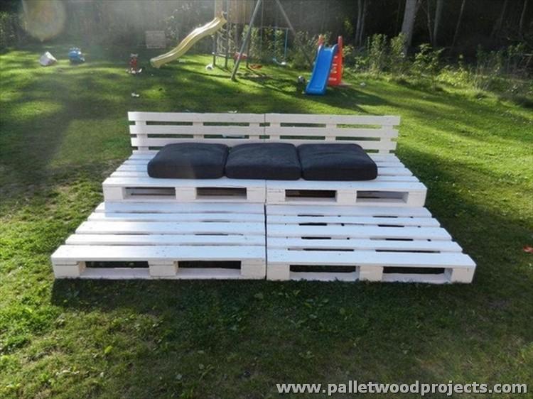 Pallet Garden Daybed