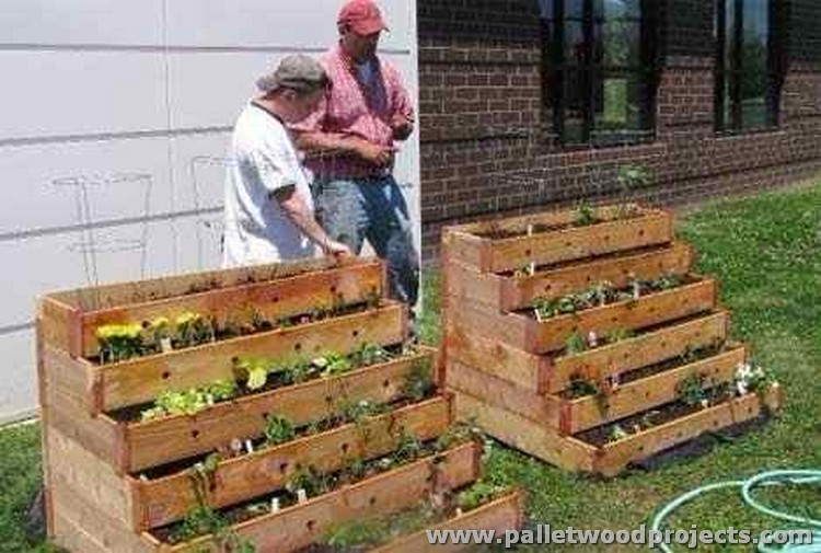 Pallet Made Garden Decor