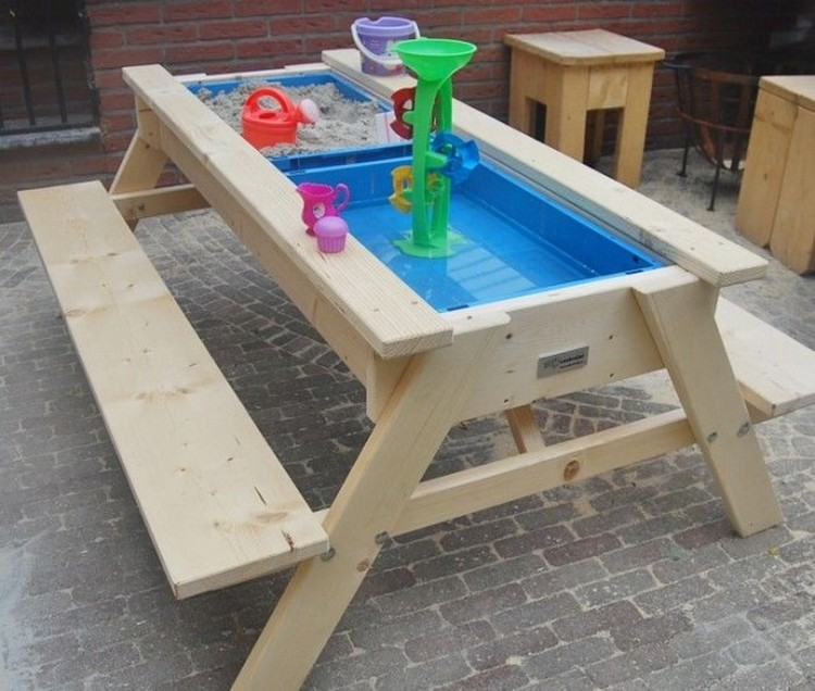 Pallet Sandbox Table