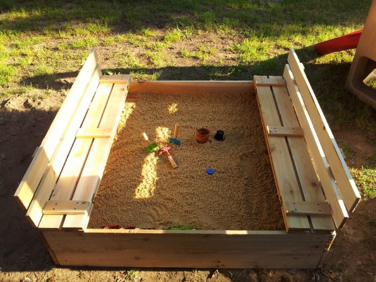 Pallet Sandbox with Benches