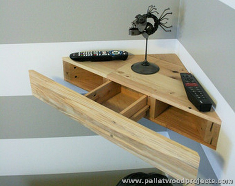 Pallet Wood Corner Shelf