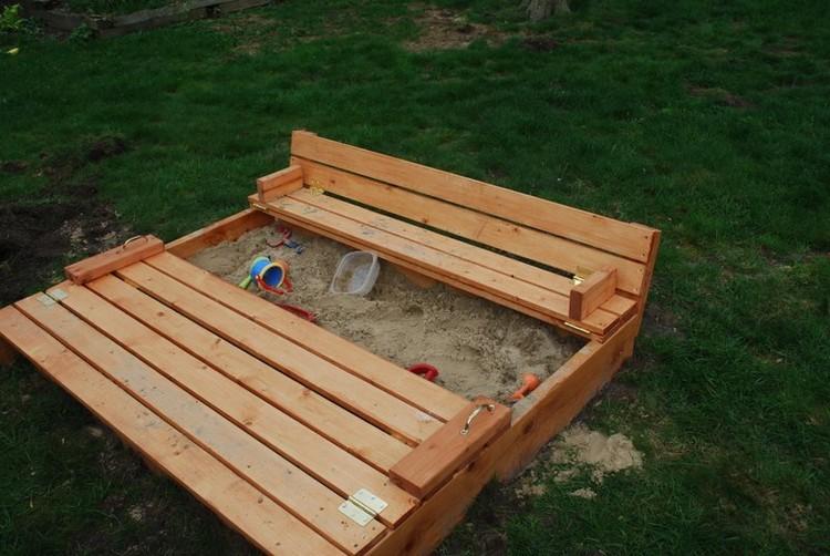 Pallet Wood Sandbox