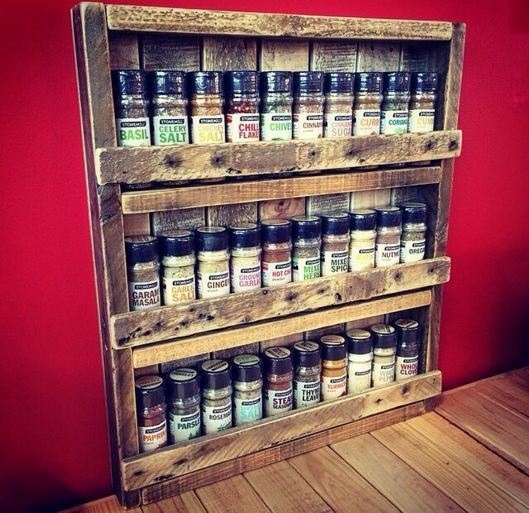Pallet spice rack ideas pallet wood projects - Diy projects with wooden palletsideas easy to carry out ...