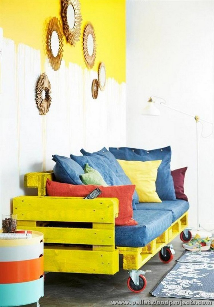 Yellow Painted Pallet Sofa with Wheels
