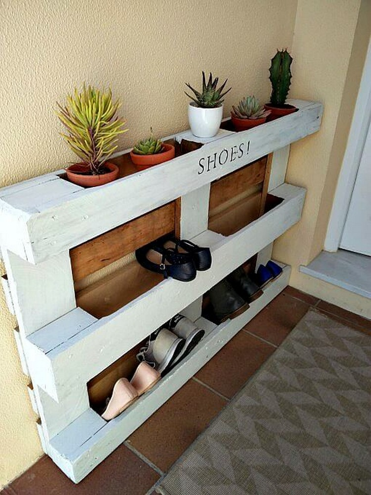 Wooden pallet shoe rack ideas pallet wood projects for Pallet ideas
