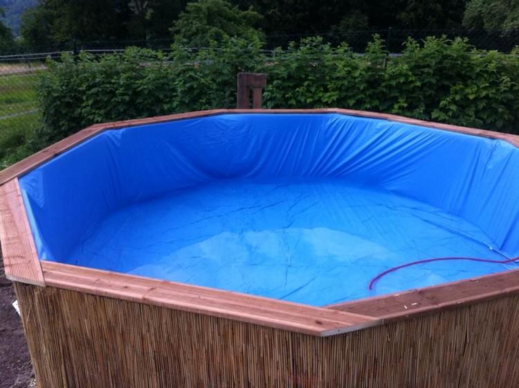 DIY Wood Pallet Swimming Pool