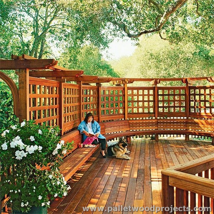 Pallet Deck and Sitting Area