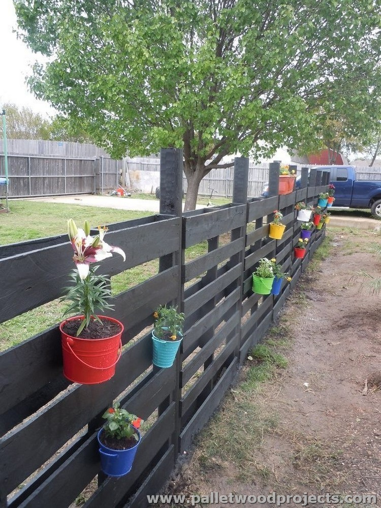 Recycled Pallet Fence Plans | Pallet Wood Projects