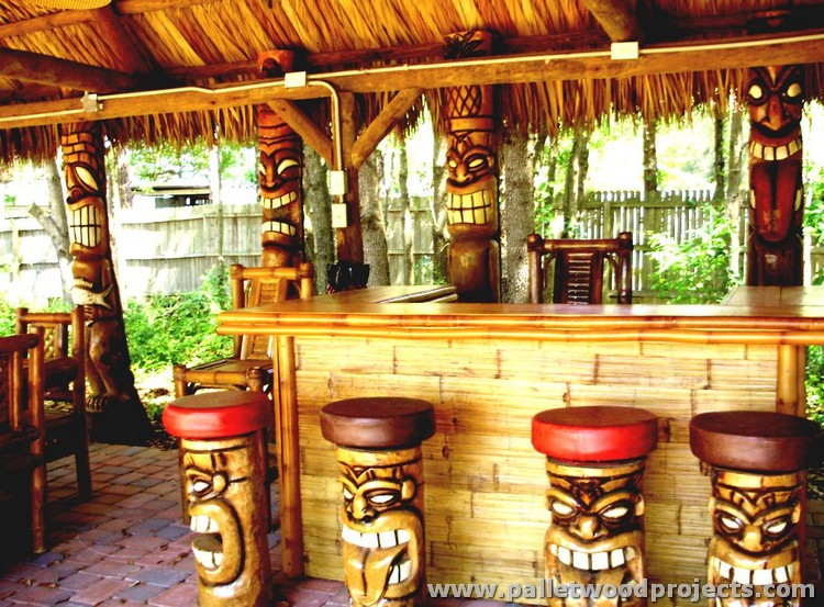 Recycled Pallet Tiki Bar Ideas | Pallet Wood Projects