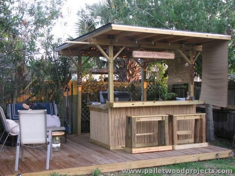 Backyard Tiki Bar Ideas : Recycled Pallet Tiki Bar Ideas  Pallet Wood Projects
