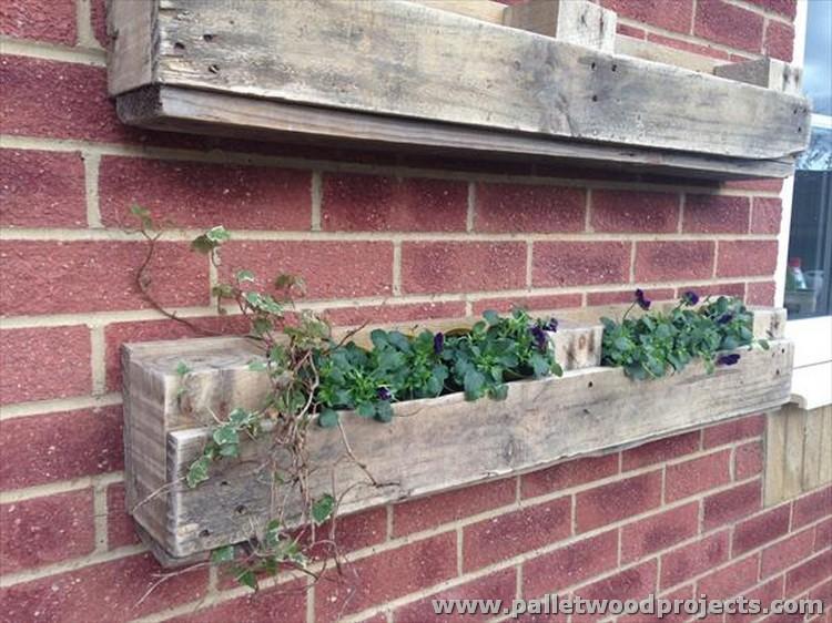 Pallet Wall Planter Ideas