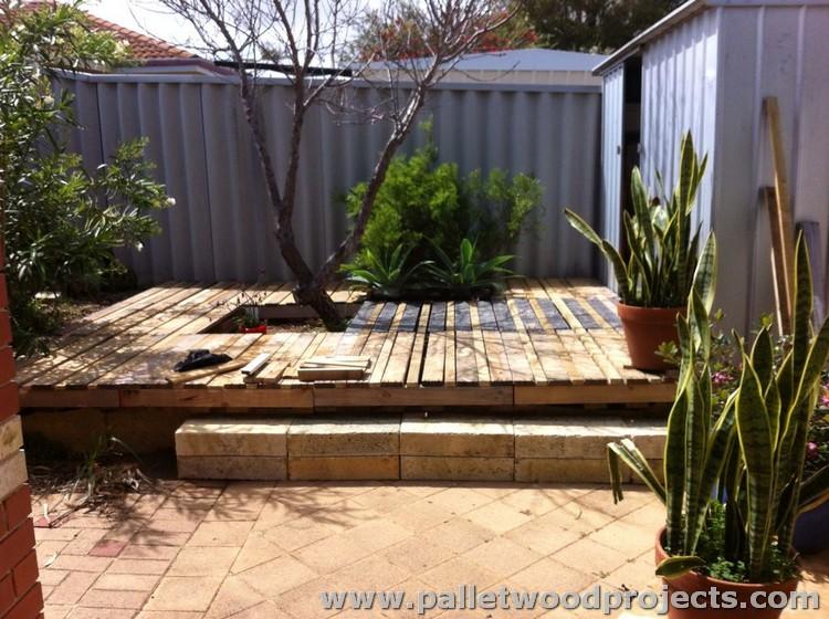 Wood Pallet Deck