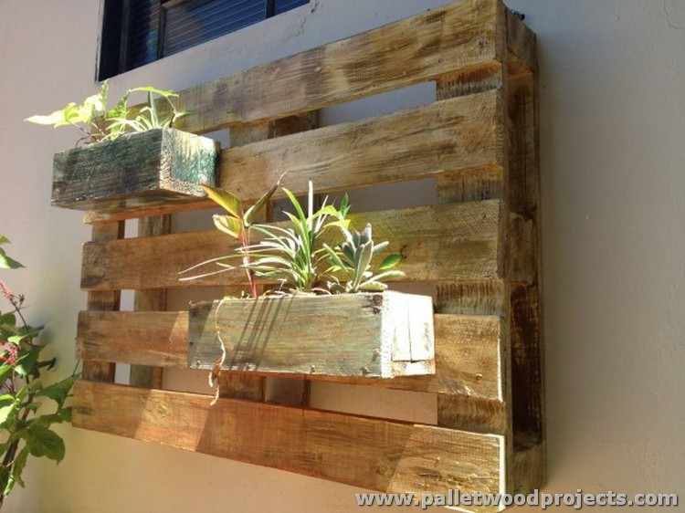 Wooden Pallet Wall Planter