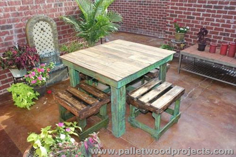 Pallet Breakfast Table