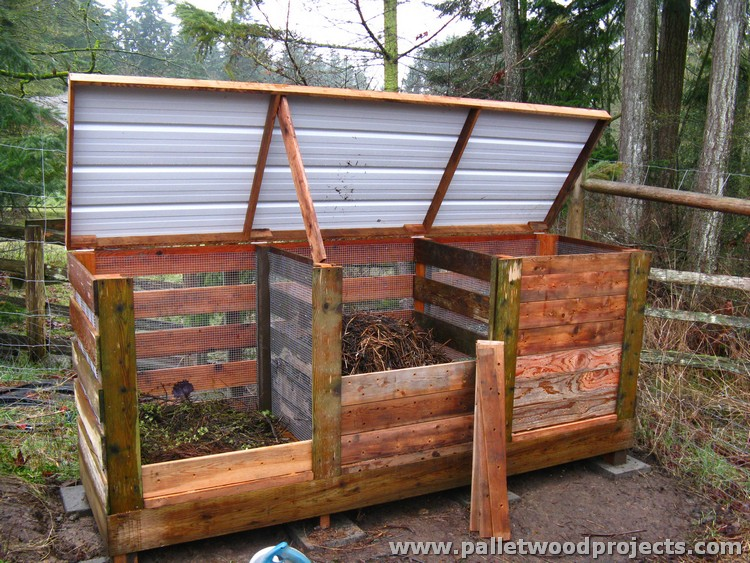 This is a very useful pallet yard compost bin. It can contain a lot of ...