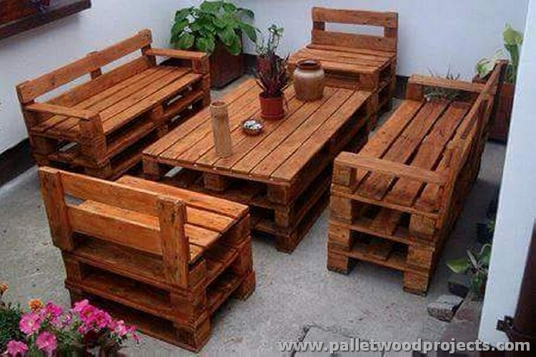 Wood pallet recycling projects pallet wood projects for Building a bench from pallets