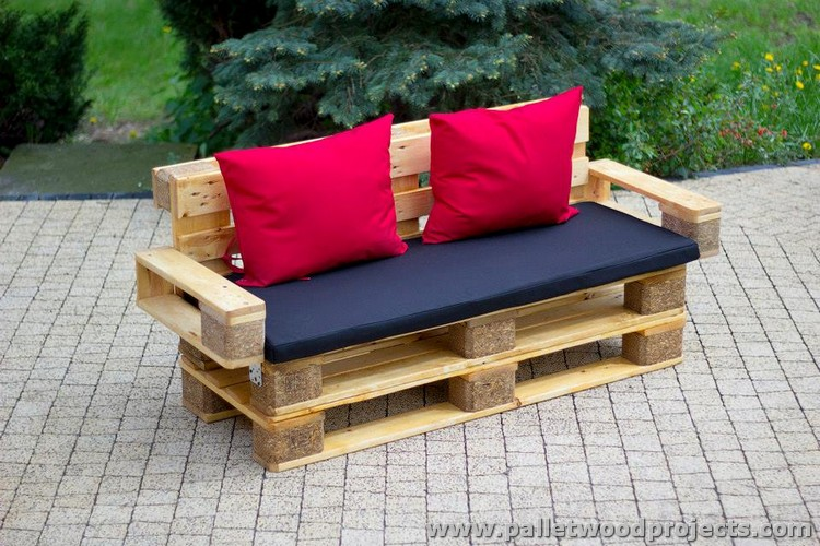 Furniture Made With Recycled Wood Pallets Pallet Projects