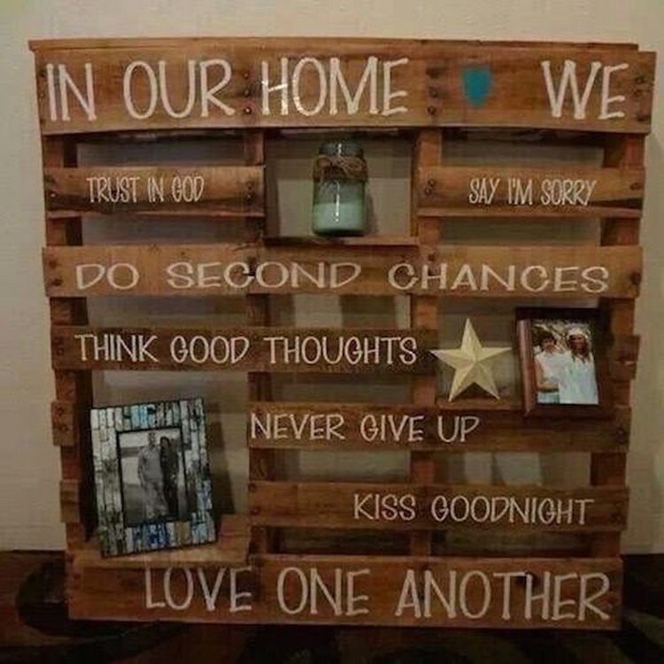 Ideas to reuse wooden pallets pallet wood projects Cool wood shelf ideas