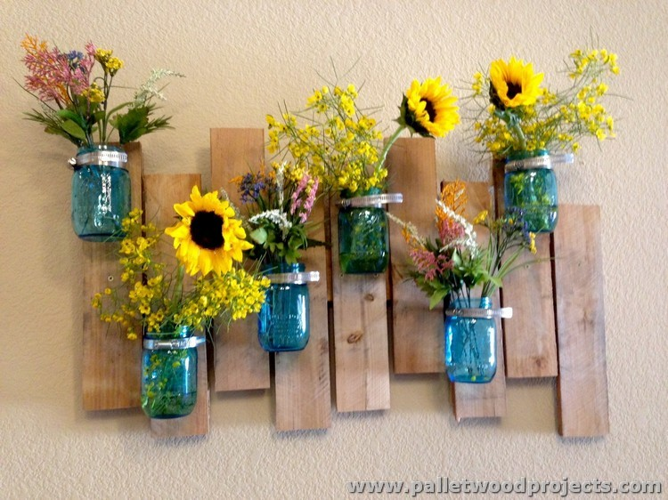 Pallet with Mason Jars Wall Decor