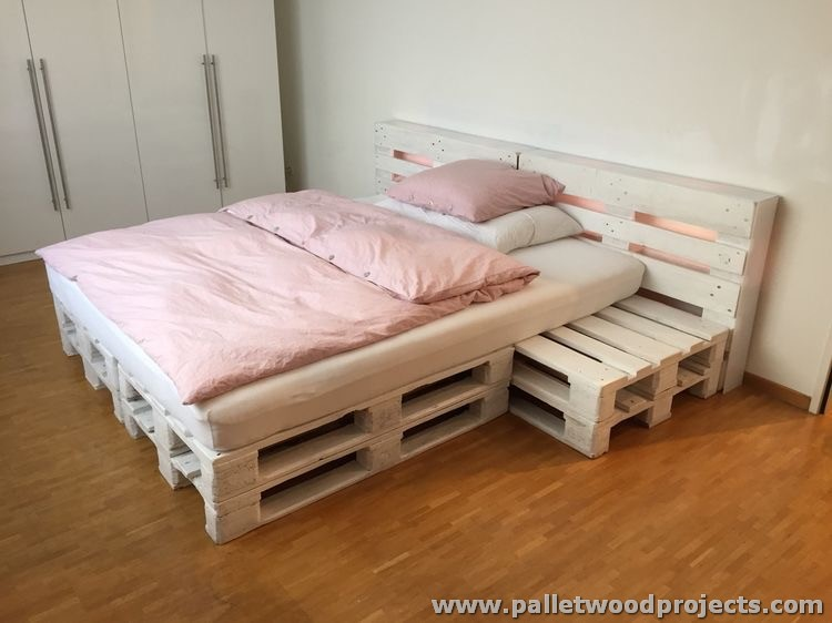 repurposed wood pallet furniture projects pallet wood. Black Bedroom Furniture Sets. Home Design Ideas