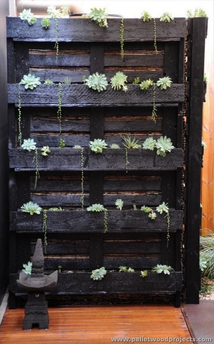 12 pallet projects for your inspiration pallet wood projects for Pallet ideas