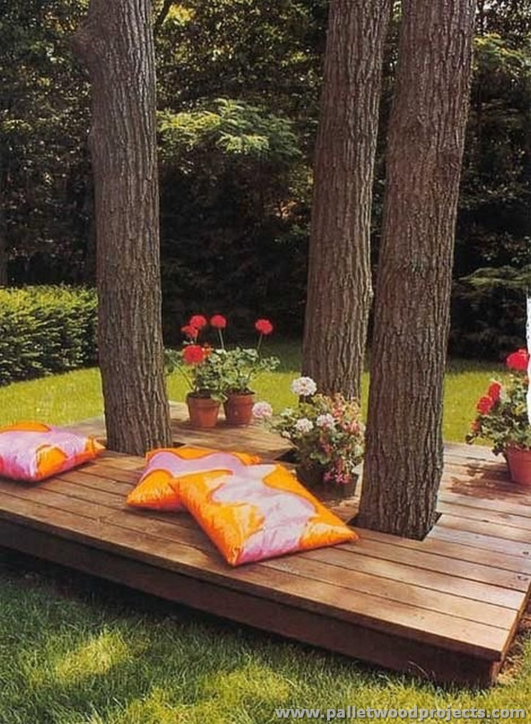 Pallet Floating Deck